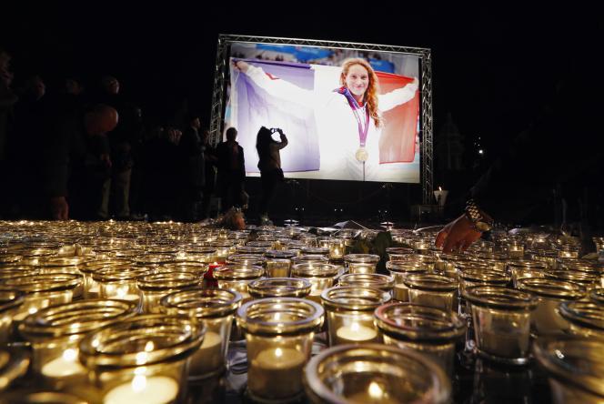 Cérémonie d'hommage à Camille Muffat à Nice mardi 10 mars.