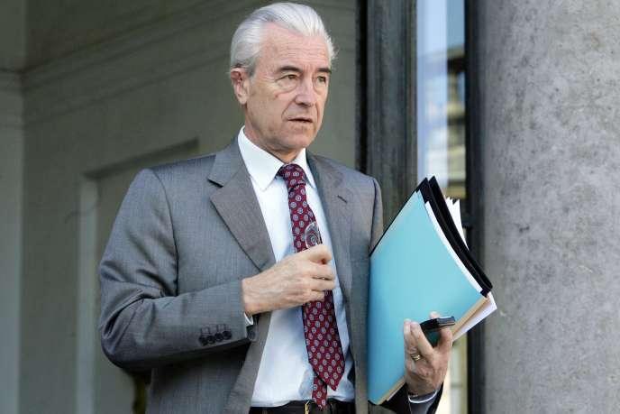 L'ancien maire d'Amiens Gilles de Robien alors qu'il était ministre de l'éducation en 2007.