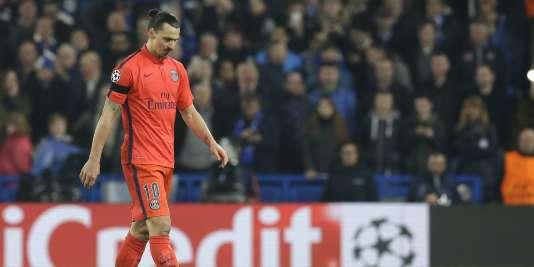 Zlatan Ibrahimovic, expulsé le 11 mars 2015, lors du huitième de finale retour entre Chelsea et le Paris-Saint-Germain.
