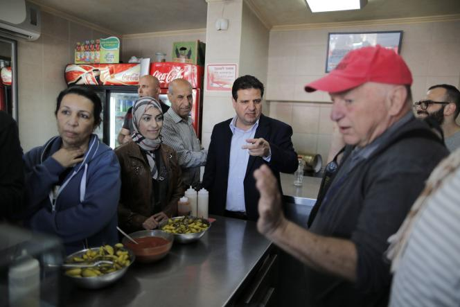 Ayman Odeh, chef de file de la Liste unie des partis arabes, le 13 mars à Acre.