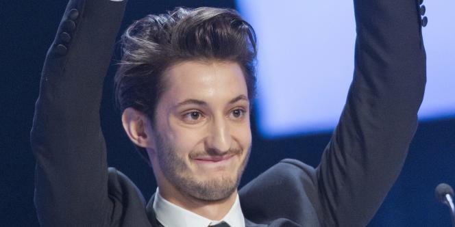 Pierre Niney lors de la cérémonie des Césars, le 20 février 2015.