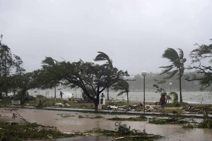 Port Vila, Vanuatu,le 14 mars après le passage du cyclone Pam.