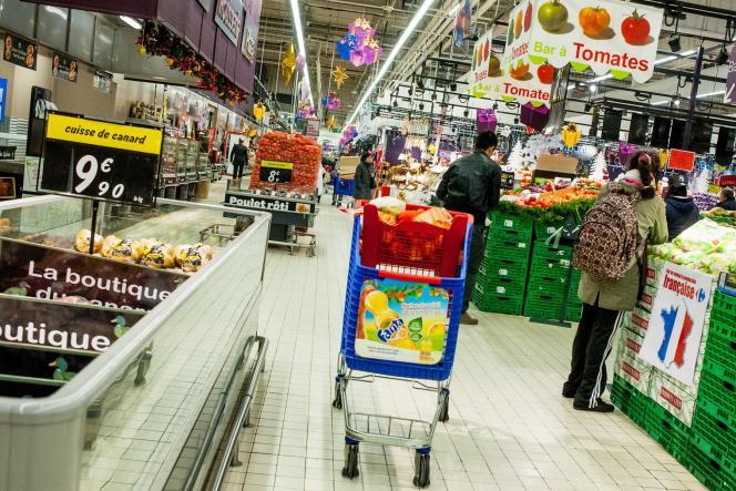 Un hypermarché en région parisienne