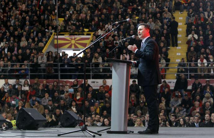 Le premier ministre macédonien Nikola Gruevski, lors d'un rassemblement de ses partisans à Skopje, le 15 mars.