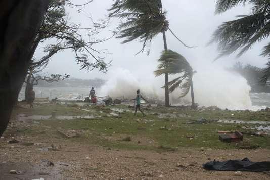 Un cyclone a frappé de plein fouet Port-Vila, la capitale de l'archipel de Vanuatu samedi 14 mars.