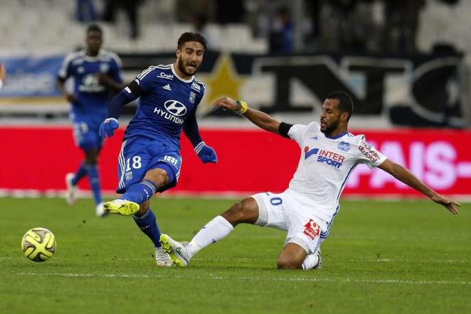 Lyon et Marseille se classent respectivement à 1 et 2 points du leader parisien.
