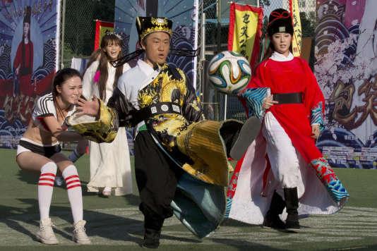 Les clubs de foot chinois ont fait cet hiver une entrée en force sur le marché des transferts de joueurs de haut niveau.