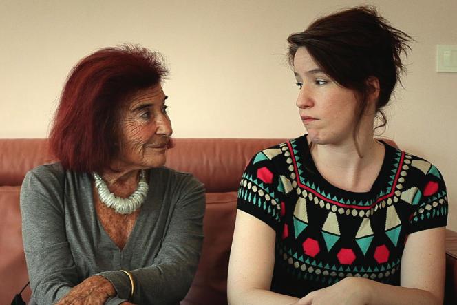 Claudine Baschet et Charlotte Sohm dans le film français de Jean-François Gallotte,