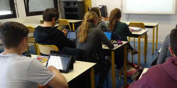 La classe de Terminale L du lycée Jules Haag, à Besançon.
