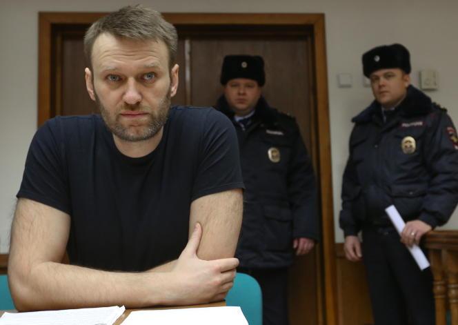 Alexeï Navalny, le 27 février à Moscou, lors de son appel contre une condamnation à quinze jours de prison pour distribution de tracts.