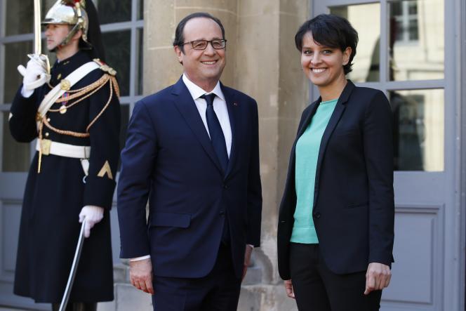 Le Président de la République François Hollande et la ministre de l'éducation et de la recherche Najat Vallaud-Belkacem le 17 mars à Paris.