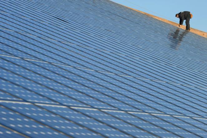 Des panneaux solaires à Weinbourg (Bas-Rhin),  en février 2008.