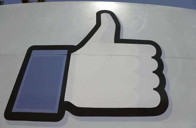 Facebook fait partie des plates-formes web que la Commission souhaite voir mieux régulées.