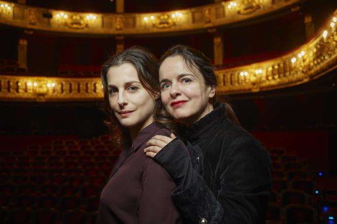 Amélie Nothomb et Amira Casar à l'Odéon, le 16 mars.
