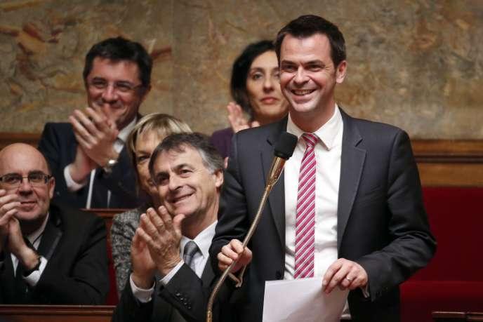 Olivier Véran pendant une séance de questions au gouvernement, le 18 mars à l'Assemblée nationale.