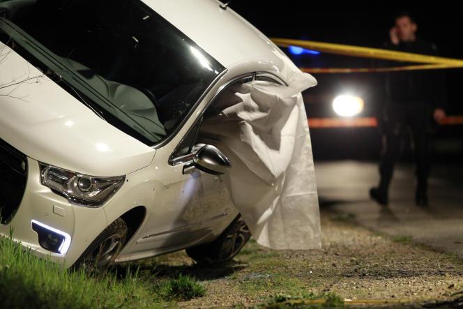 La voiture de Jean Leccia après son assassinat, le 23 mars 2014 en Haute-Corse.