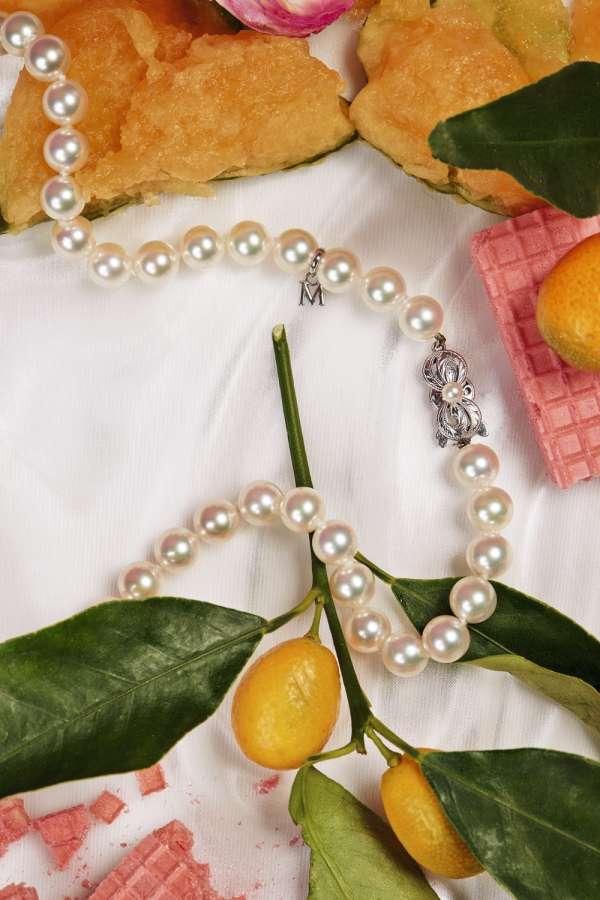 Collier en perles de culture d'Akoya, Mikimoto.