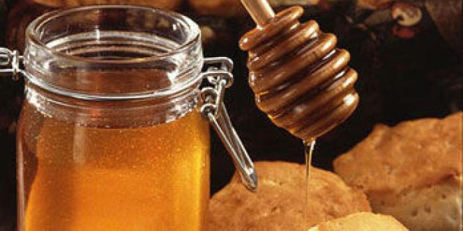 Les Français restent de grands amateurs de miel. Les importations n'ont d'ailleurs cessé de progresser, dépassant les 30 000 tonnes en 2014.