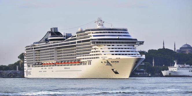 Les compagnies italiennes, MSC Croisières et Costa Croisières, ont annoncé, jeudi 19 mars, qu'elles suspendaient leurs escales dans la capitale tunisienne. Les deux avaient chacune un paquebot à Tunis avec trois milles passagers à bord.