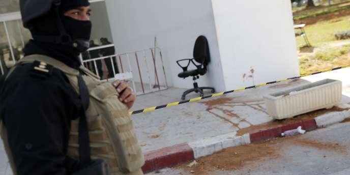 L'Etat islamique a revendiqué l'attaque qui a fait 21morts, mercredi 18mars, à Tunis.