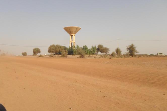 L'entré du village Ndouloumadji.