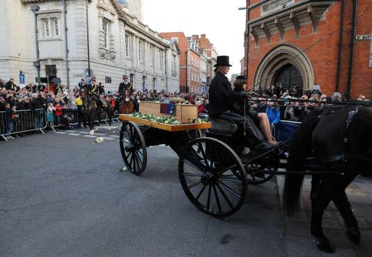 La dépouille de Richard III, conduit le 22 mars 2015 vers la cathédrale de Leicester, où elle a été réinhumée.