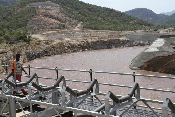 Chantier de construction du barrage Grande Renaissance en Ethiopie, en juin 2013
