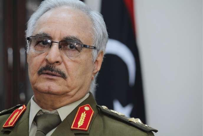 Le général Khalifa Haftar, dans son fief de Marj, à l'est de Benghazi, le 18 mars.