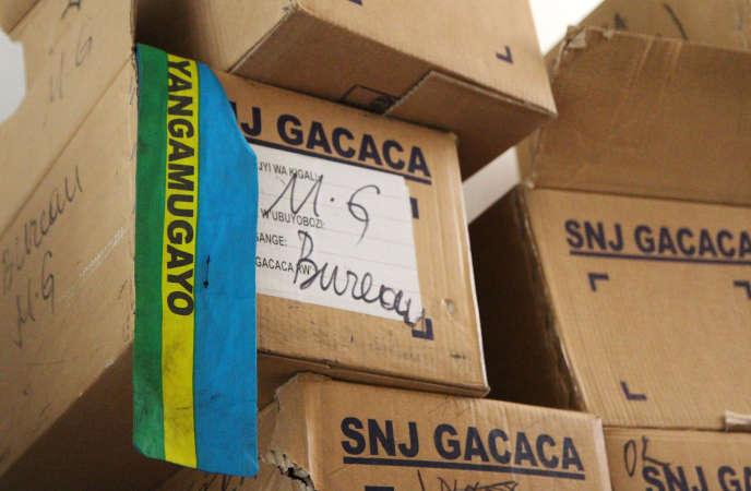 Archives des Gacaca, tribunaux traditionnels rwandais, qui ont jugé près de 2 millions de personnes pour leur implication dans le génocide entre 2001 et 2012.