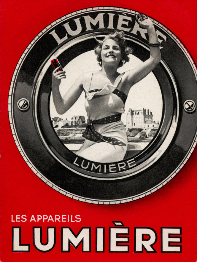 Catalogue d'appareils photographiques Lumière, vers 1937.