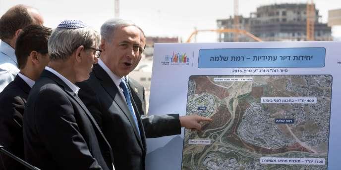 L'actuel premier ministre israélien et chef de file du Likoud, Benyamin Nétanyahou, au dernier jour de la campagne pour les législatives anticipées, le 16 mars à Har Homa, Jérusalem-Est.