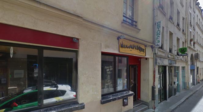 La devanture de La Mécanique ondulatoire, à Paris.