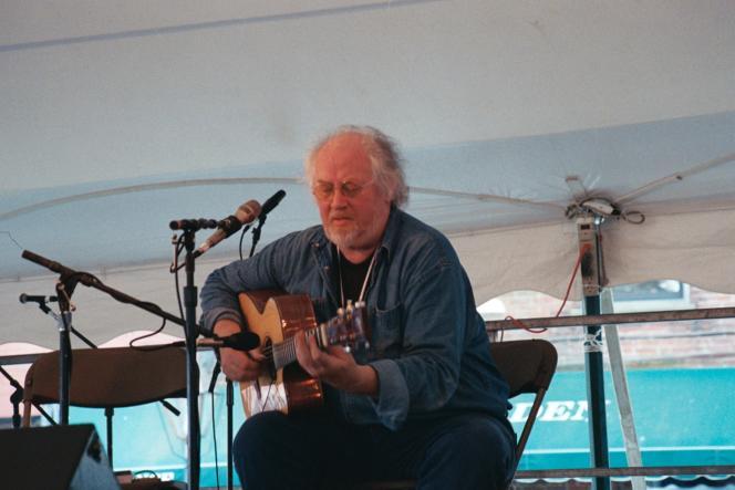 John Renbourn en concert au New Bedford Summerfest en 2005.