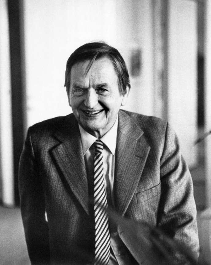 Portrait d'Olof Palme, premier ministre suédois, quelques heures avant sa mort, le 28 février 1986.