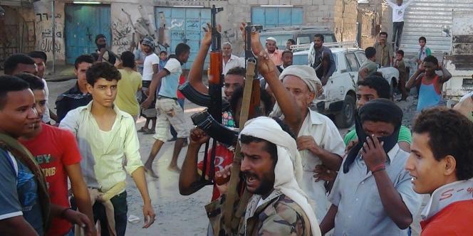 La situation est de plus en plus chaotique et tendue à Aden, deuxième ville du Yémen.
