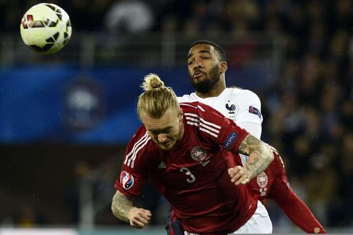 Le Lyonnais Alexandre Lacazette a inscrit son premier but avec l'équipe de France lors de la victoire (2-0) des Bleus contre le Danemark, dimanche 29 mars, à Saint-Etienne.