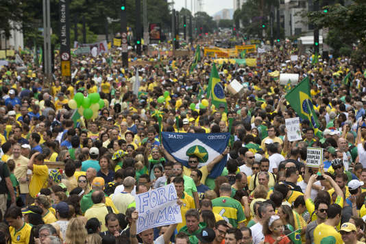 Manifestation contre Dilma Rousseff, le 15 mars à Sao Paulo.