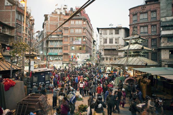 La place d'Asan Tol, dans la vieille ville de Katmandou, en décembre 2014.