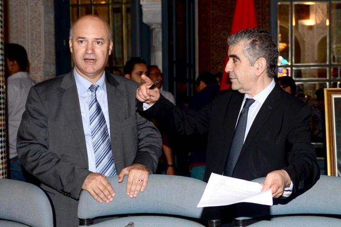 Le ministre marocain chargé des affaires de migration, Anis Birou (à gauche) et le président du Conseil national des droits de l'Homme, Driss El Yazami, le 27 juin 2014.
