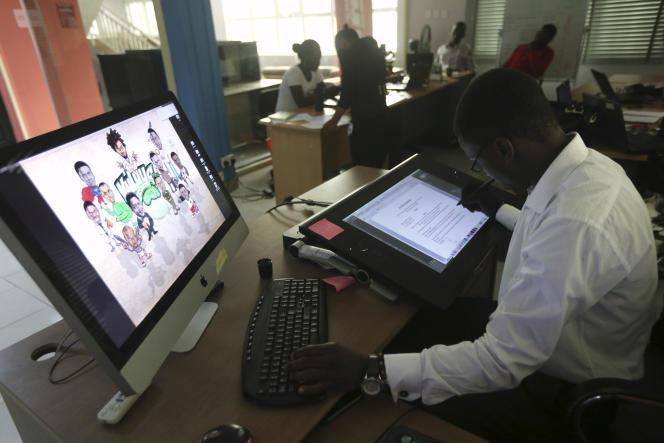 Dans une société de Lagos, au Nigéria, en 2014.