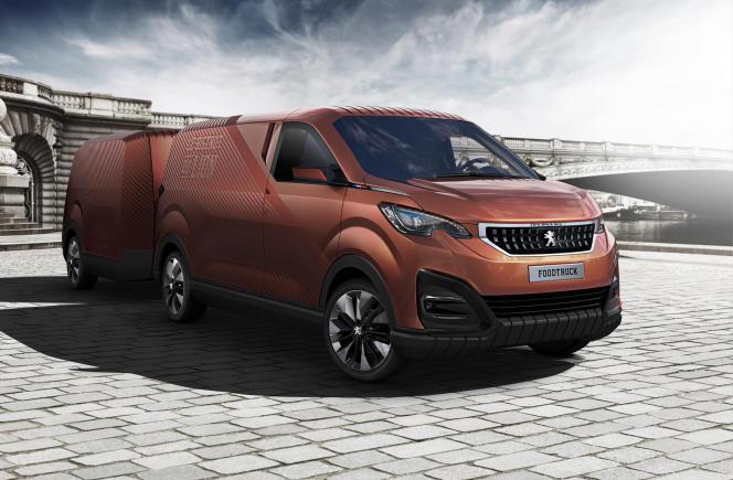 Le food truck de Peugeot est construit sur la base du Boxer, l'un des utilitaires de la marque française.