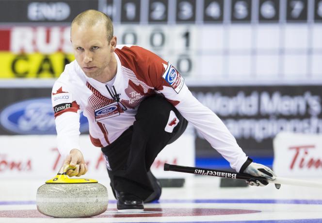 Pat Simmons contre le la Russie aux championnats du monde à Halifax le 30 mars.