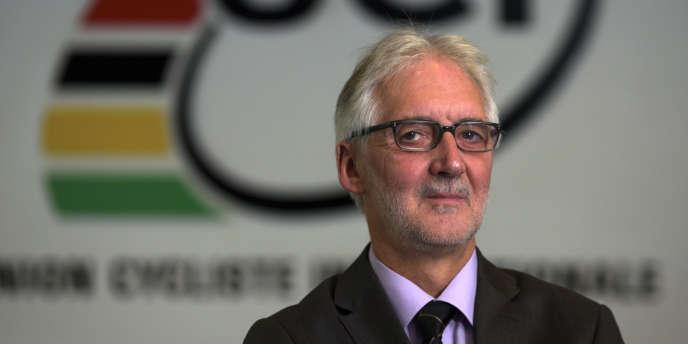 Le Britannique Brian Cookson au siège de l'UCI à Aigle, le 19 novembre 2013.