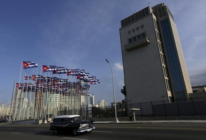 Les bureaux de la section destinée à veiller sur les intérêts américains, à La Havane, le 5 avril.