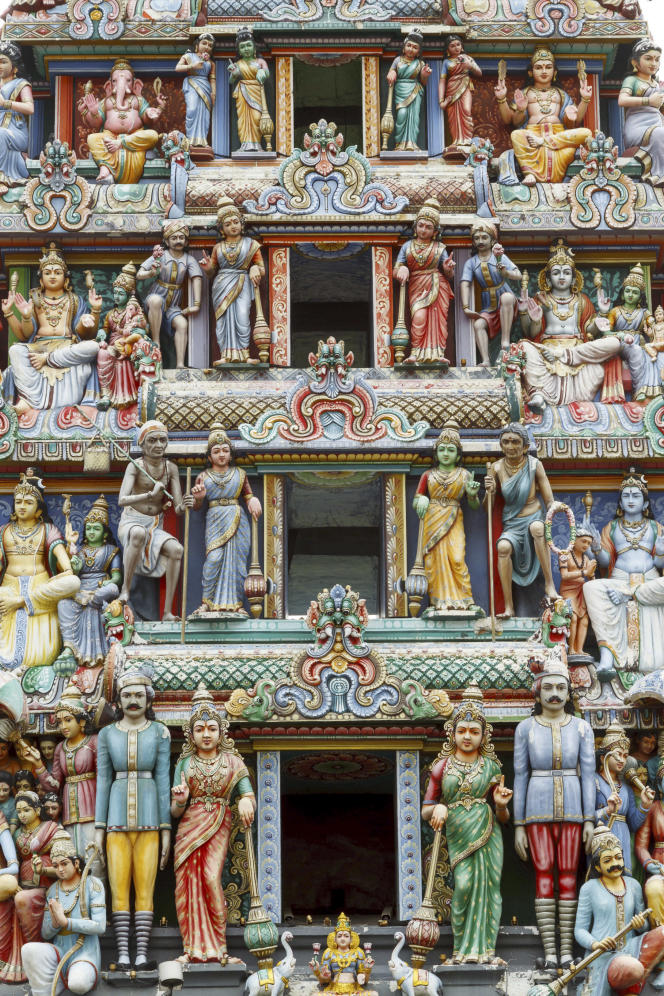 July 31, 2014 - Singapore, SINGAPORE - Sri Mariamman hindu temple. Chinatown district. Singapore, Asia.
