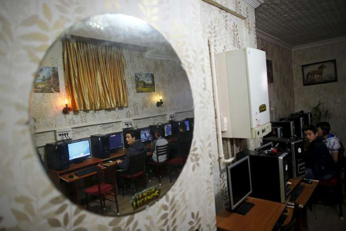 Un café Internet à Ankara, en avril.