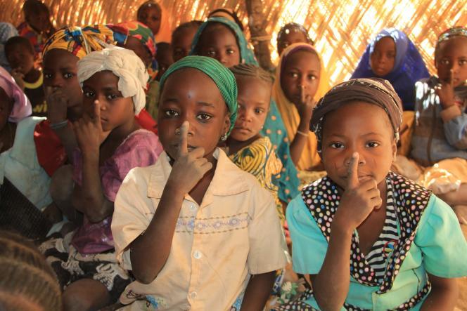 Dans une classe mixte (CI-CE1) de l'école de Dan-Saa (Niger).