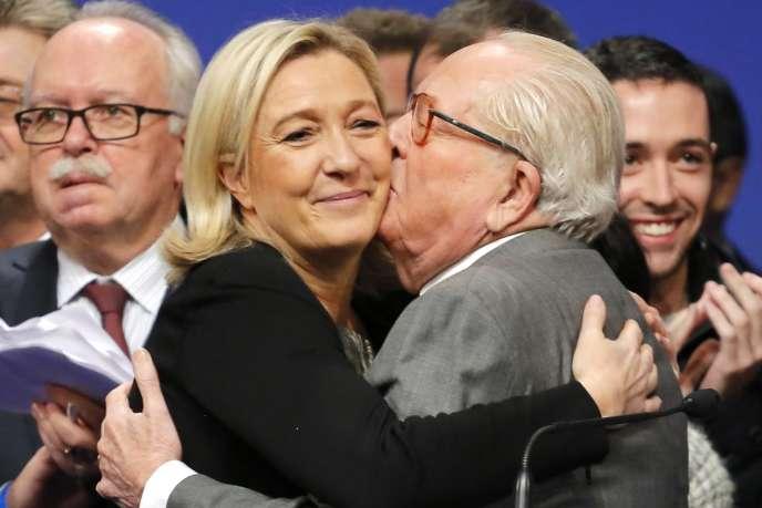 Marine et Jean-Marie Le Pen en novembre 2014.