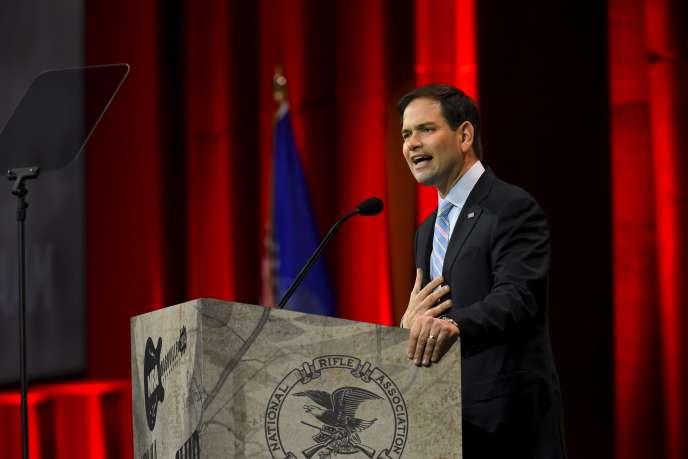 Le sénateur Marco Rubio, ici devant la conférence annuelle de la National Rifle Association, le 10 avril à Nashville, Tennessee, devait se déclarer officiellement candidat à l'investiture républicaine lundi 13 avril.