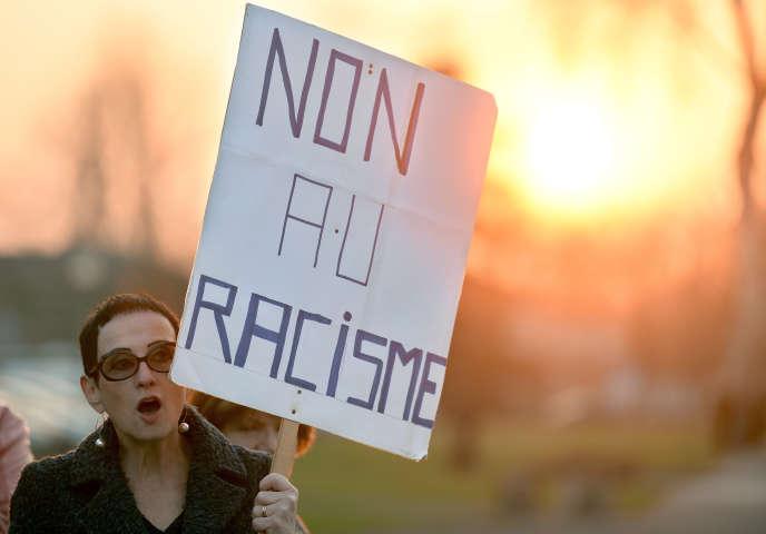 Durant une manifestation à Strasbourg durant un congrès du Front national en 2014.